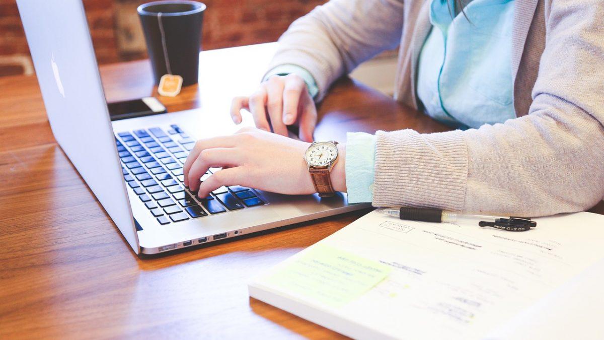 Jak założyć sklep internetowy – porady techniczne