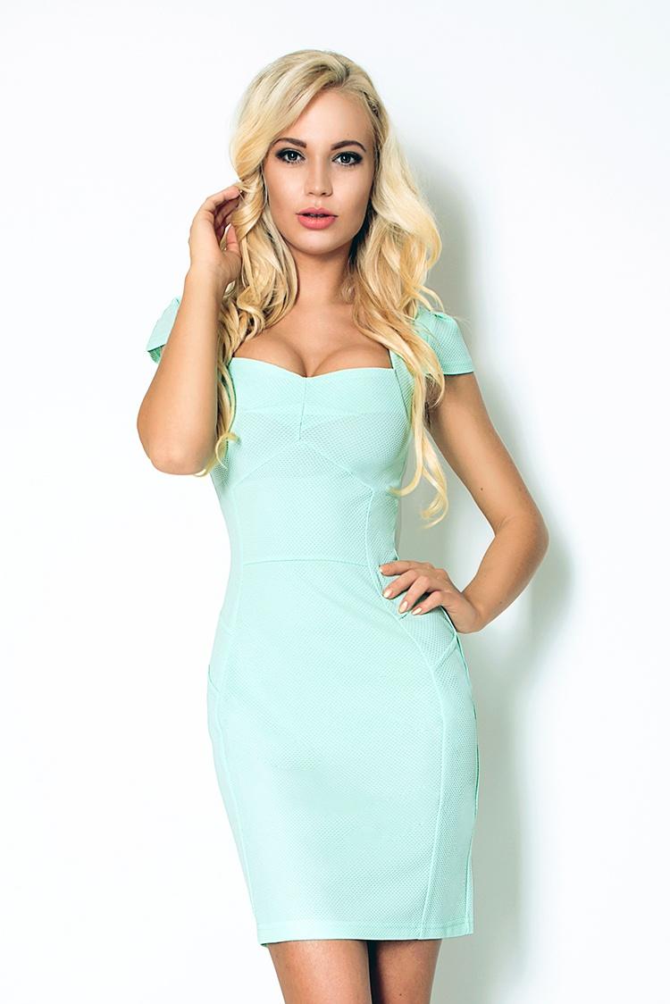 118-6 Mint šaty s pekným výstrihom - Silný Lacoste