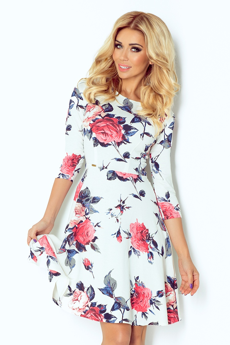 49-13 rozšírený šaty s 3/4 rukávmi - kvety na bielom pozadí