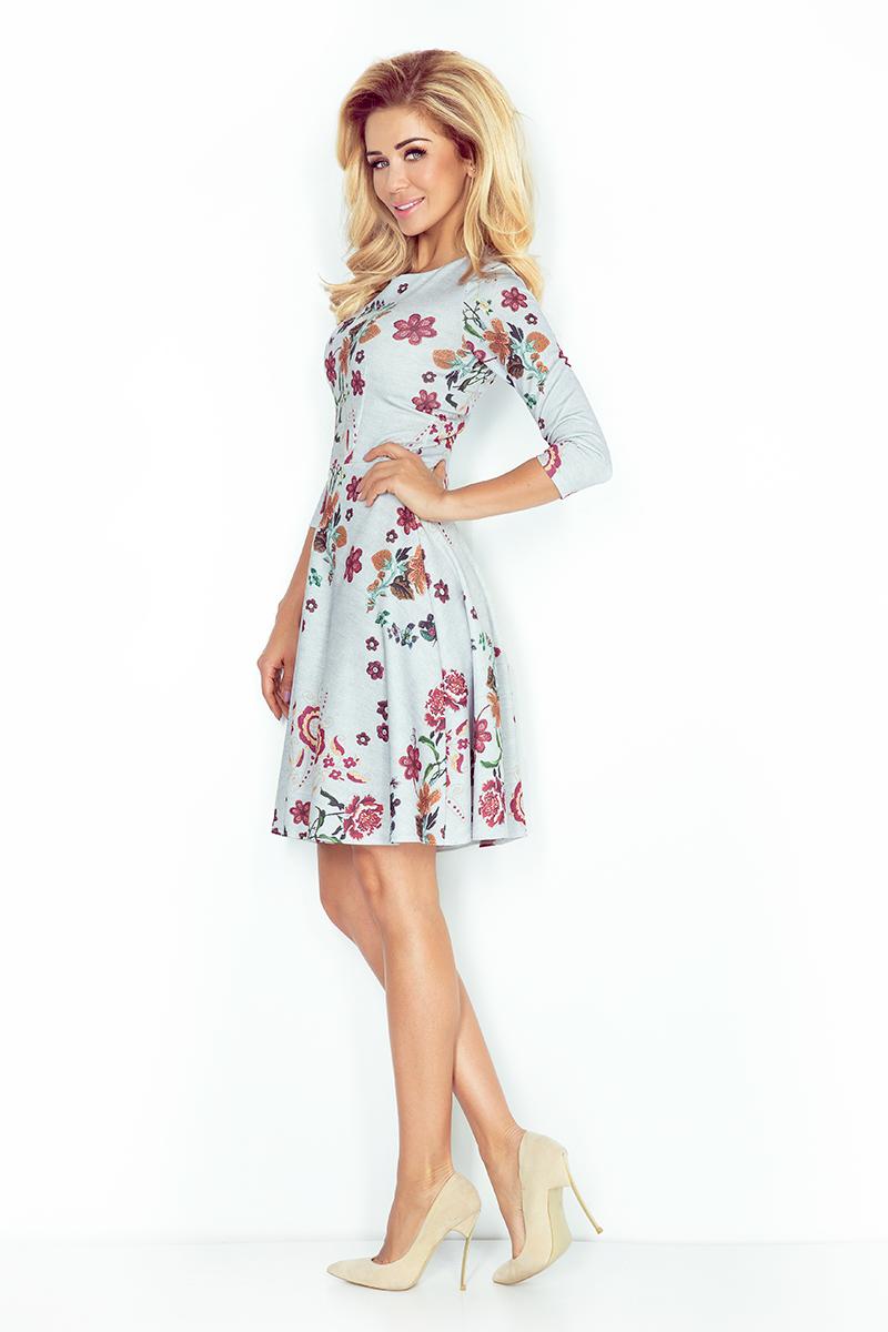 ed7ce0b795 49-19 Rozkloszowana sukienka z rękawkiem 3 4 - KWIATY HAFTOWANE ...