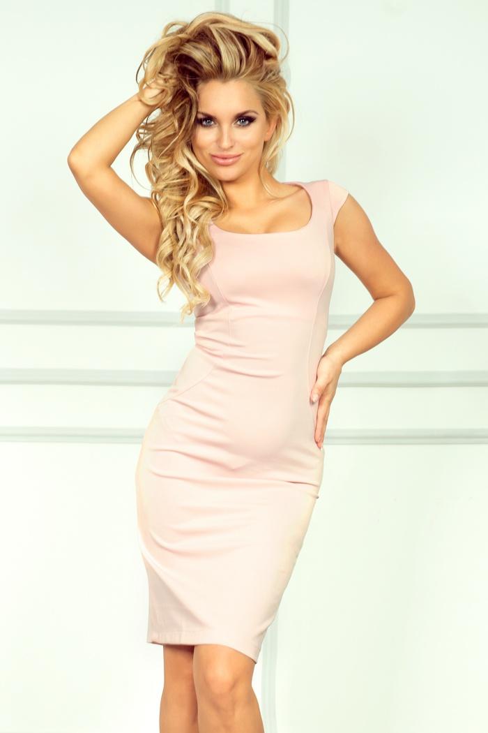 53-6 padnúce šaty - pastelových farbách ružovej / broskyňa